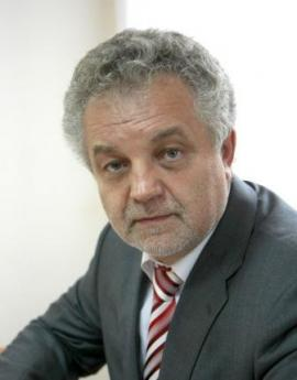 Александр Константинович — доктор педагогических наук, профессор